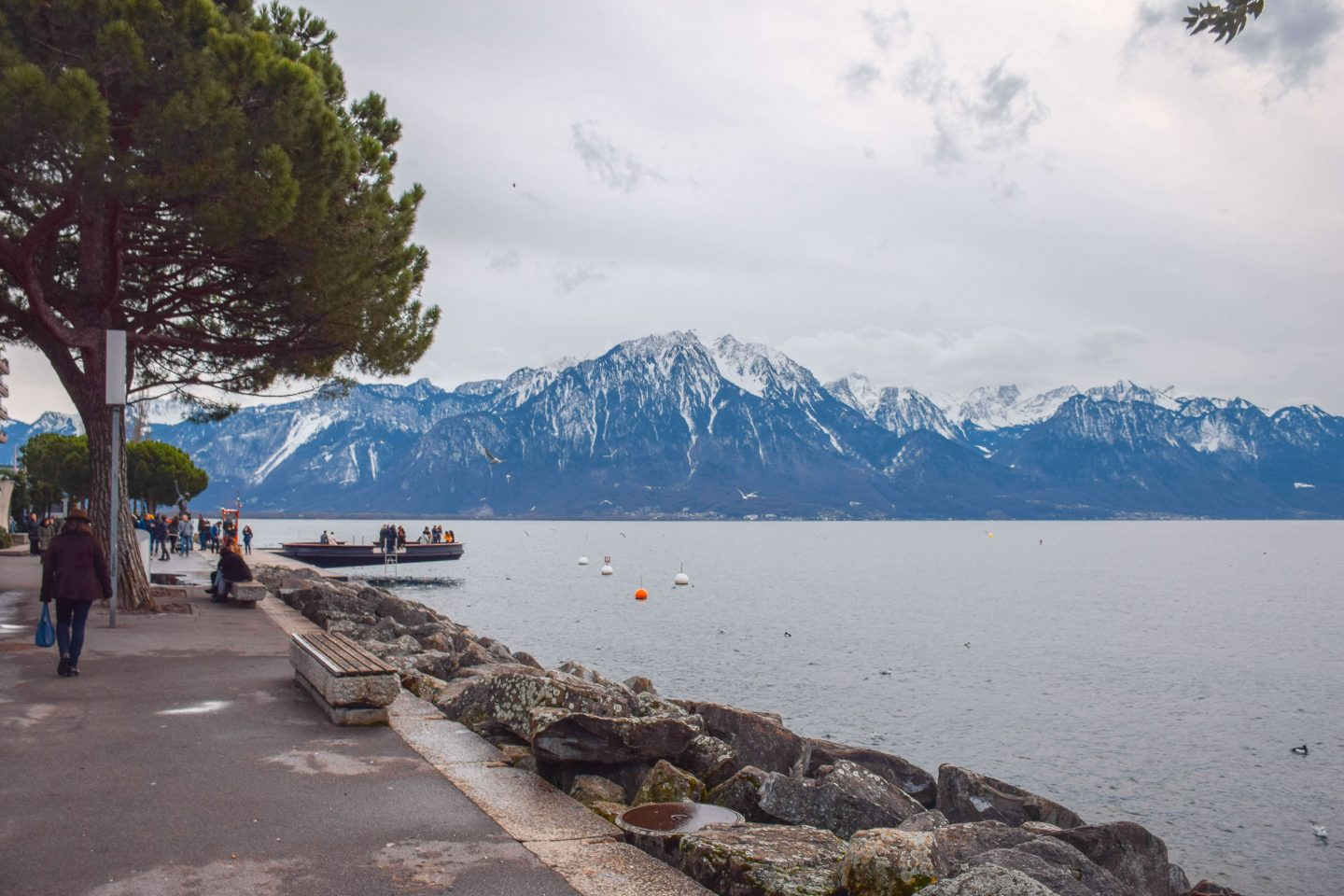 what to do in Montreux promenade