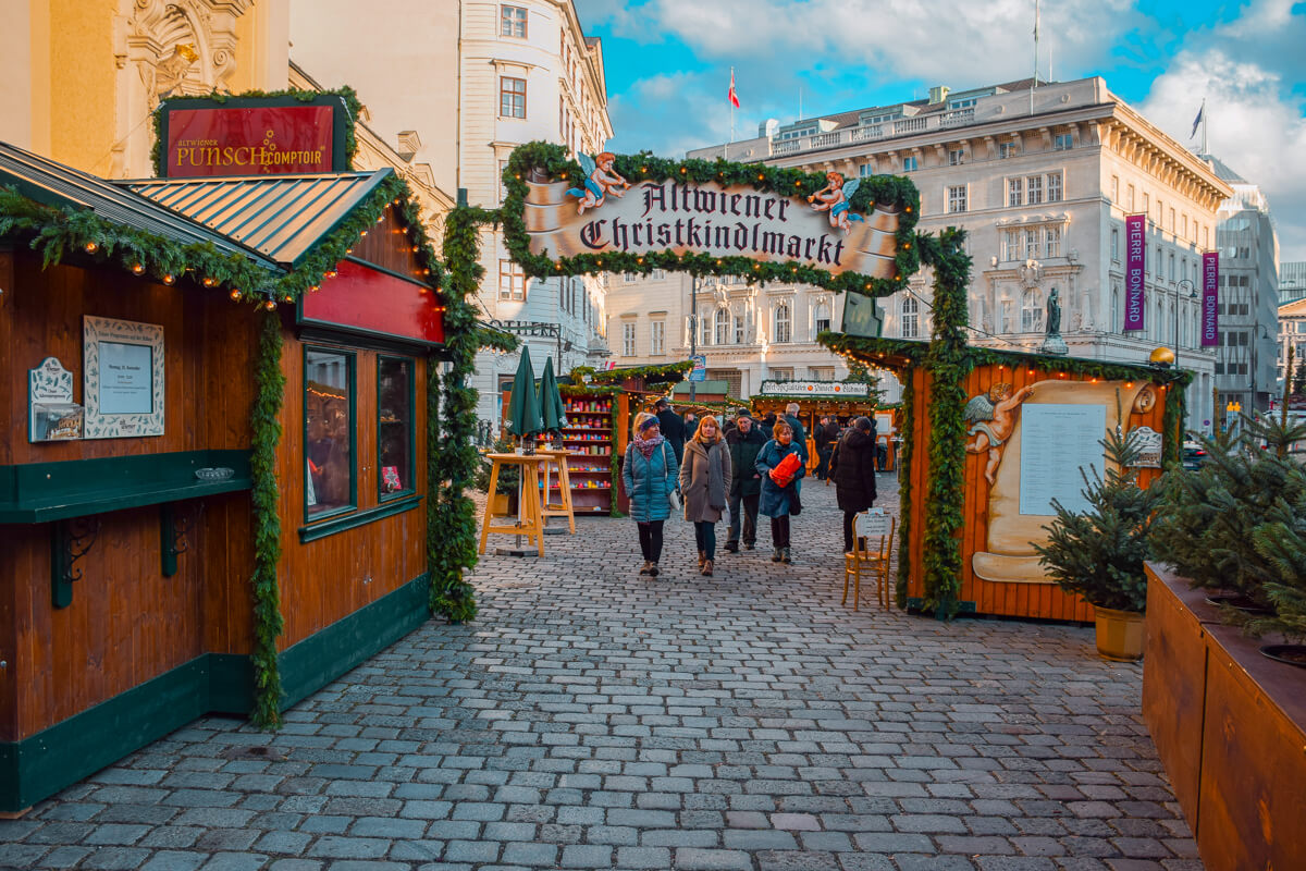 Old Viennese Christmas Market entrance