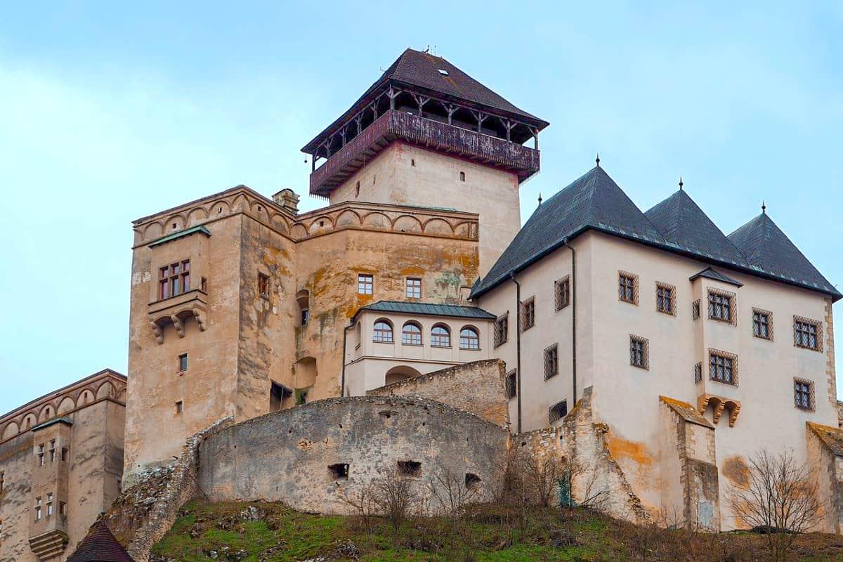 Bratislava day trip Trencin