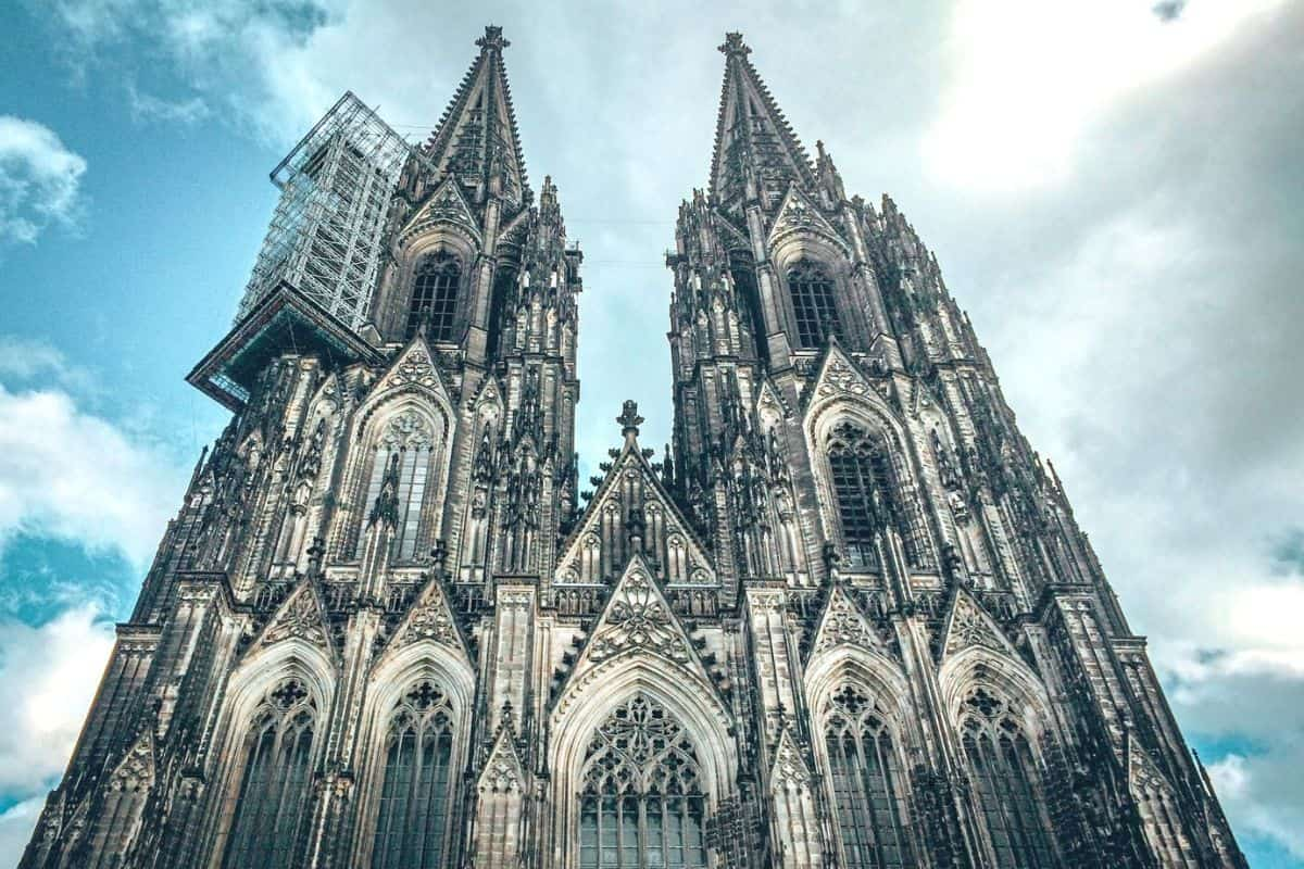 cologne-day-trip-from-luxembourg